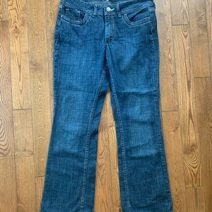 Rider by lee mid wash straight leg cut blue jeans